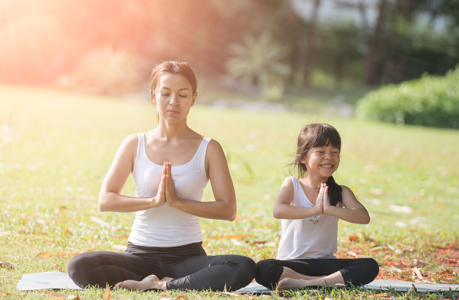 Ville de saint-Eustache - Yoga parent-enfant 5 à 7 ans