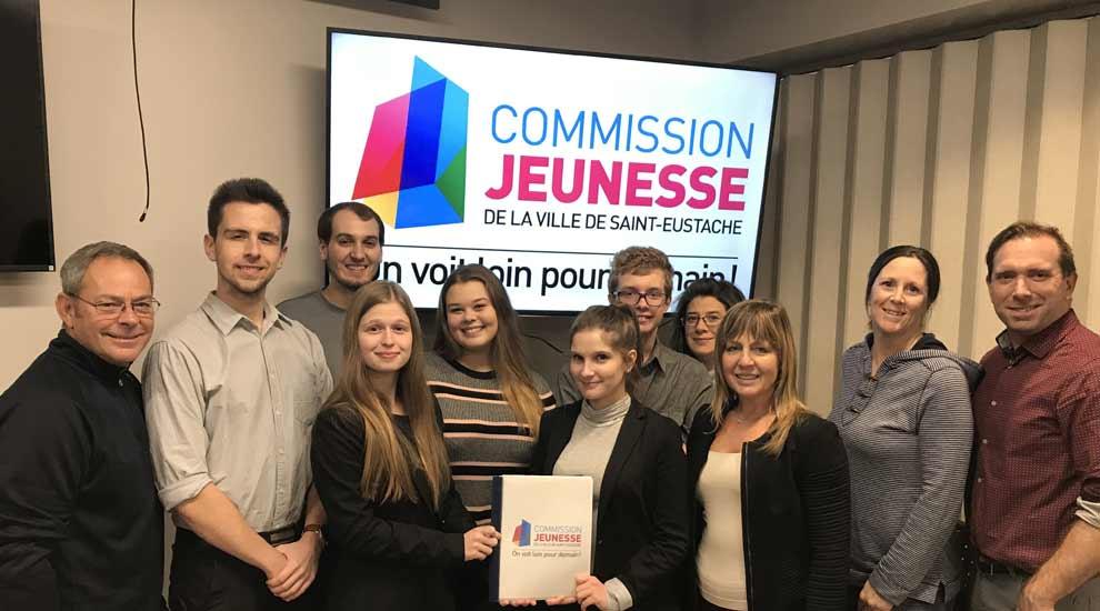 Ville de saint-Eustache - Un premier plan d'action pour la Commission jeunesse de la Ville de Saint-Eustache