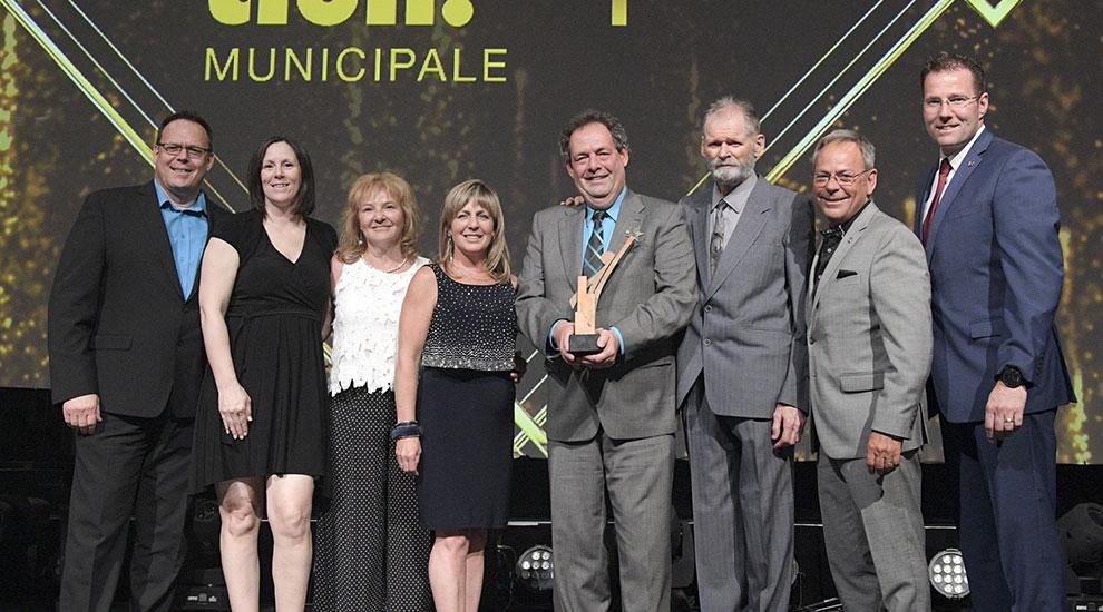Ville de saint-Eustache - Saint-Eustache double lauréate du Mérite Ovation municipale et du Prix Joseph-Beaubien !
