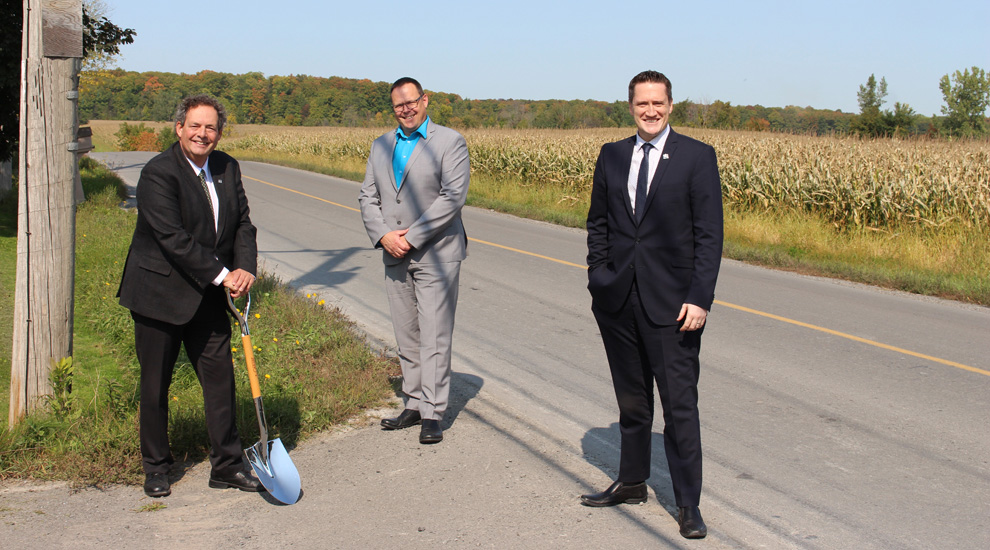 Ville de saint-Eustache - Les ministres Benoît Charette et Sylvie D'Amours annoncent près de 2,5 M$ pour améliorer le réseau routier de Saint-Eustache