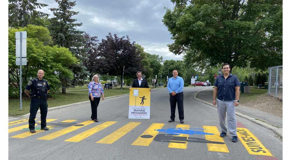 Ville de saint-Eustache - Campagne de sécurité routière 2021 - Traverse piétonnière à deux pas d'ici!